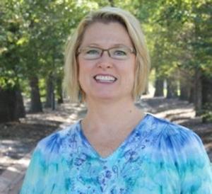 Julie Debondt Barker